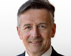 Hans Wicki FDP-Ständerat, Nidwalden Er werde die Vor- und Nachteile einer Kandidatur abwägen sowie diese mit Partei- und Parlamentskollegen diskutieren, sagt der 54-jährige Ökonom aus Hergiswil. Das wird nicht lange dauern: «Nächste Woche entscheide ich, ob ich ins Rennen steige.» Hans Wicki ist die Entscheidungsfreude anzumerken. Eine Fähigkeit, die dem ehemaligen Regierungsrat und Geschäftsführer der in der Elektrotechnik tätigen Pfisterer-Gruppe auch von politischen Gegnern zugesprochen wird. In der Zentralschweiz ist Wicki bekannt als früherer Präsident der Industrie- und Handelskammer.