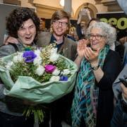 Korintha Bärtsch (Grüne) wird im Regierungsgebäude gefeiert. (Bild: Philipp Schmidli, Luzern, 31. März 2019)