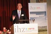 IHZ-Präsident Andreas Ruch bei seiner Ansprache am IHZ-Neujahrsapéro im Hotel Schweizerhof in Luzern. (Bild: Apimedia, 3. Januar 2019)