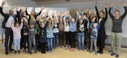 Das Buchrainer Schülerparlament beim Workshop zum geplanten Spielplatz Waldoase. (Bild: PD)