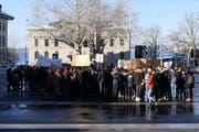 Die Gruppe der Streikenden blieb überschaubar. (Bild: Zoe Gwerder (Zug, 18. Januar 2019))