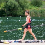 Fast wie zu Hause: Die Zürcherin Jeannine Gmelin fühlt sich wohl am Rotsee. (Bild: Alexandra Wey/Keystone (Luzern, 11. Juli 2018))