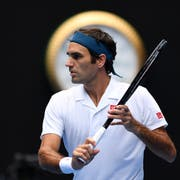 Roger Federer im Spiel gegen Daniel Evans. (Bild: Lukas Coch / EPA)