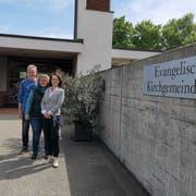 Sie stehen für die Sanierung des evangelischen Kirchgemeindehauses in Kreuzlingen ein: Präsident Thomas Leuch, Kirchenpflegerin Marianne Pfändler und Vizepräsidentin Pascale Wallroth. (Bild: Nicole D'Orazio)
