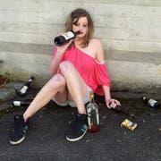 In Vino Veritas. Doch wer zu tief in die Flasche schaut, findet statt der Wahrheit einen Vollrausch. (Bild: Archiv)