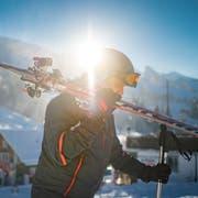 Skifahrer unterwegs im Skigebiet Wildhaus-Alt St. Johann beim Sessellift Wildhaus-Oberdorf, am Freitag, 6. Januar 2016, in Wildhaus. Bild: Benjamin Manser / Tagblatt