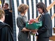 Die beiden bisherigen Frauen in der Innerrhoder Standeskommission: Ruth Metzler, ehemals Frau Säckelmeister, und die heutige Frau Statthalter Antonia Fässler. (Bild: APZ)
