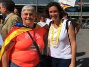 Am «Diada suïssa» (Veranstaltung zum katalanischen Nationalfeiertag vom 11. September) traf Monika Diethelm-Knoepfel in Bern Marta Rovira (rechts), die Generalsekretärin der linksnationalistischen Partei ERC, die in Genf im Exil lebt. (Bilder: Privatarchiv)