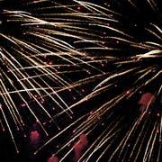 Das Feuerwerk am Kreuzlinger Seenachtfest lockt stets ein grosses Publikum an. (Bild: Donato Caspari)