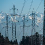 Auch wenn die Anzahl Elektrogeräte schweizweit zugenommen hat, hat sich deren Stromverbrauch verringert. (Bild: Dominik Wunderli, Rothenburg, 15. Februar 2017)