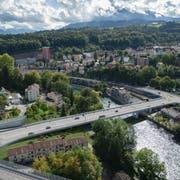 So sieht die Brücke in der Visualisierung aus (rechts Reussbühl/Littau, links Richtung Spital/Schlossberg). (Visualisierung Swissinteractive AG)