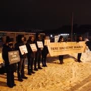 An einer ersten Demonstration nahmen 19 Veganer teil. (Bild: Oliver Schneider)