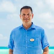 Der gebürtige Beckenrieder Jonas Amstad ist seit 2017 General Manager des South Ari Atoll Resorts auf den Malediven.