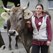 Bergbäuerin Priska Welti kämpft für die Hornkuh-Initiative. (Bild: Florian Arnold)