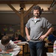 Der Lehrer This Isler posiert für ein Porträt im Schulhaus Berg, am Dienstag, 21. Mai 2019, in Grabs. ©Benjamin Manser / TAGBLATT