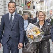Der gewählte Luzerner FDP-Ständerat Damian Müller (links) und Ständerats-Kandidatin Andrea Gmür (CVP) am Wahlsonntag in Luzern. (Bild: Urs Flüeler / Keystone, 20. Oktober 2019)