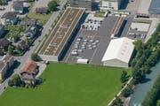 Südlich des Kasernenareals soll der Neubau realisiert werden (jetzt noch Grünfläche). (Bild: PD)