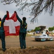 Das selbstgebaute Solarmobil der Solar Energy Racers begeistert in Südafrika. (Bild: PD)