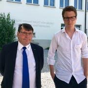 Gemeindepräsident Cornel Egger und Architekt Benjamin Saner.