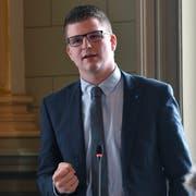 Mike Egger im St.Galler Kantonsparlament. (Bild: Regina Kühne)