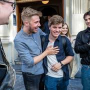 Mit Jonas Heeb (21, Zweiter von rechts) schaffen die Jungen Grünen erstmals den Einzug in den Kantonsrat. (Bild: Philipp Schmidli, Luzern, 31. März 2019)