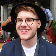 Philip Werthmüller (19): «Die Teilnahme an der Modeschau ist eine tolle Erfahrung. Ich fühle mich wohl in dem Outfit und nicht verkleidet. Die Kleidung repräsentiert etwas. Ich könnte mir eine weitere Teilnahme vorstellen.» (Bild: Christine Luley)