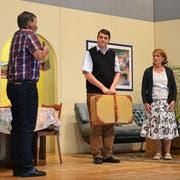 Szene aus der Hauptprobe des Theaters Schlierbach. (Bild: Yvonne Imbach, 22. November 2018)