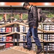 Der Absatz beim Outdoor-Schuhwerk sank letztes Jahr um 0,7 Prozent. (Bild: Keystone)