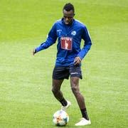 Luzerns Neuzugang Ibrahima Ndiaye soll sehr schnell sein. Der 1,76 Meter grosse Aussenangreifer steht gegen Espanyol Barcelona vor seinem FCL-Debüt. (Bild: Alexandra Wey/Keystone, Luzern, 7. August 2019)