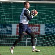 Hält jetzt die Bälle auch für die Schweizer Nationalmannschaft: Jonas Omlin. (Bild: Toto Marti/Freshfocus)