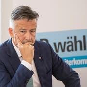 Ein nachdenklicher Hans Wicki. Kritik wegen seines Französisch nimmt er aber gelassen. (Bild: Urs Flüeler/Keystone (Stans, 17. Oktober 2018))