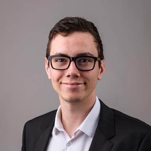 Jens Huwiler, Feusisberg, Maschinenbaustudent, 1998. Motivation: «Die EU versucht, die Schweiz zu unterdrücken und in ihre Fänge zu bekommen. Die Schweiz muss ihre Tradition der Unabhängigkeit bewahren.»