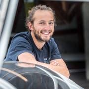 Segelflugzeug-Akrobatik Weltmeister Jonas Langenegger auf dem Flugplatz Amlikon-Bissegg. (Bild: Andrea Stalder)