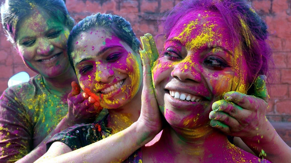 Indisches Ritual - Ein Farbenfest für den Frühling