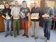 Sie erhielten an der Fliegerchilbi eine Auszeichnung (von links): Beat Walker (2. Platz), Iwan Lussmann (3. Platz), Christoph Fässler (4. Platz), Armin Walder (1. Platz), Daniel Baggenstos (Nachwuchspilot 2018). (Bild: PD)