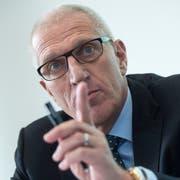 Pierin Vincenz, ehemaliger Vorsitzender der Geschäftsleitung Raiffeisen Gruppe, während einer Pressekonferenz im Januar 2014 in Bern. (Marcel Bieri/Keystone)