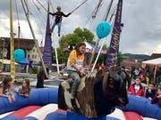 Bungee-Trampolin oder Bull Riding? In Jonschwil machte beides Spass.