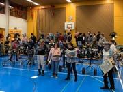 Die Möttelisounders bei einer Probe in der Mehrzweckhalle Untereggen. (Bild: Ramona Riedener)