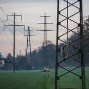 In Rathausen werden 6 Masten von Hochspannungsleitungen weggeflogen.Fotografiert am 24.11.2016(NeueLZ/Dominik Wunderli)CKWStromElektrizitätEnergieEnergiewendeKlimawandel