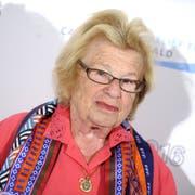 «Ich bin jeden Abend unterwegs, das hält aktiv», sagt die 90-jährige Ruth Westheimer. (Bild: imago/Future Image)