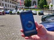 Wie in Stans auf dem Dorfplatz ist das Parkieren auch in Risch mit der App Parkingpay möglich. (Bild: Markus von Rotz, 25. Juni 2019)