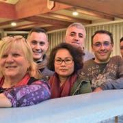 Nada Strasser (links) hört auf. Weitere OK-Mitglieder: Marcelo Correira, Somsri Tuancha-em Sundara, Idris Altinas, Marco Gomes und Antonio Carvalho, der bald nach Portugal zurückkehrt. Bild: Max Eichenberger