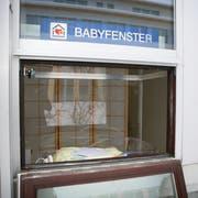 Das Babyfenster im Spital Einsiedeln. (Archivbild: Manuela Jans-Koch)