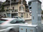 Radargerät zur Geschwindigkeitsmessung von Autos. (Bild: Ralph Ribi)
