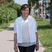 Die neue Emmer Einwohnerratspräsidentin Marta Eschmann (59, CVP) an der Seetalstrasse in Emmen Dorf. (Bild: Nadia Schärli, 5. August 2019)