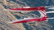 Die Patrouille Suisse im Formationsflug. (Bild: Alexander Kühni/VBS)