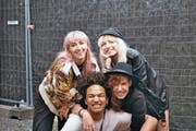 Bassistin Franca Mock, Drummer David Flütsch, Sängerin und Gitarrist Sophie Diggelmann und Gitarristin Sara Diggelmann (von links). (Bild: PD)