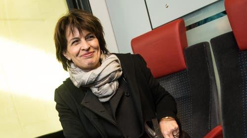 Fuhr nicht immer mit dem Zug: Verkehrsministerin Doris Leuthard brachte es auf 38 Stunden Flugzeit. (KEYSTONE/Ti-Press/Gabriele Putzu)