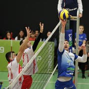 Wie schon im Hinspiel liess Amriswil (Joshua Howatson, rechts) gegen Brčko nichts anbrennen. (Bild: Mario Gaccioli, Amriswil, 19. Dezember 2018)