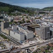 Das Gebiet Luzern Süd in Kriens mit den neuen Überbauungen Mattenhof (links), Matteo (rechts) und Schweighof im Hintergrund. (Bild: Pius Amrein, 25. April 2019)